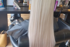 U-Tip-Hair-Extensions-by-Jenny. 22/24 inch.After, sleek and full. Creating the perfect blend of blondes.